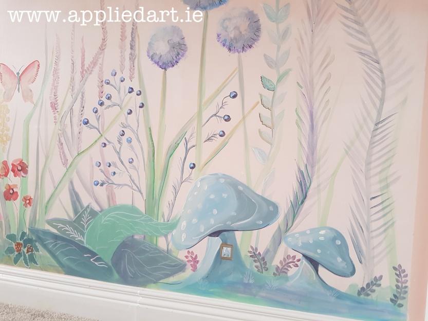 fairy theme mushroom fairy mural dublin artist muralist painting fairy theme aapplied art ie (4)